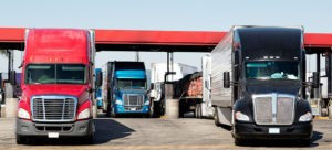 How Fuel Cards and Fleet Management Programs Help to Lower the Cost of Fuel