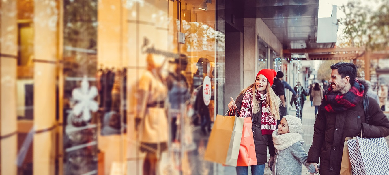 """Despite the debt, Americans have """"no regret."""" Despite borrowing money at high interest rates to fund holiday purchases, 85.7% of Americans have no regrets about their holiday spending."""